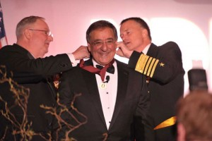 "Secretary Panetta receives the Dwight D. Eisenhower Award from NDIA Chairman Arnold Punaro (left) and Vice Chairman of the Joint Chiefs of Staff Navy Vice Adm. James ""Sandy"" Winnefeld"